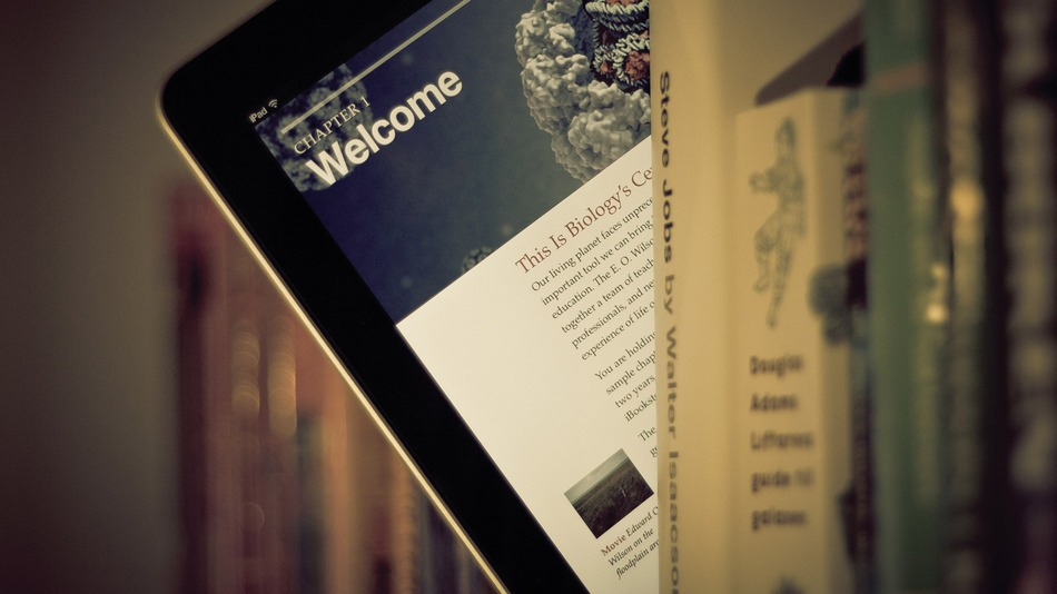 Tablet-Books-Flickr